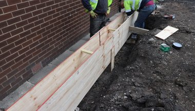 bords added for shuttering